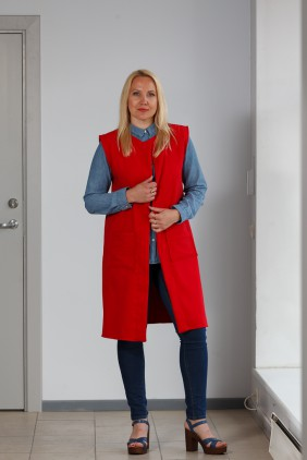 Red vest with pockets betolli