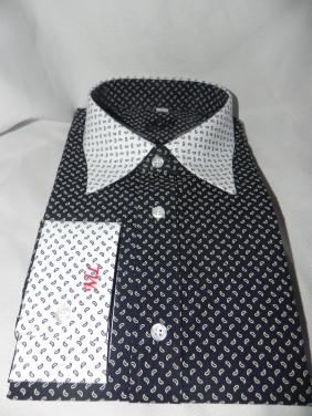 viriesu-krekls-ar-baltam-aprocem-sarkanu-izsuvumu-un baltu-apkakli-BETOLLI