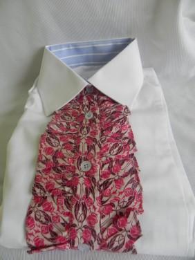 balts-sieviesu-krekls-ar-zabo-zils-ar-sarkanu-BETOLLI