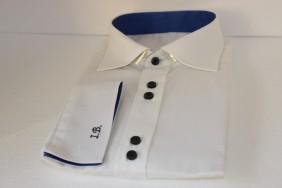 balts-krekls-ar-zilu-akcentu-pec-jusu-izmeriem-un-dizaina-betolli