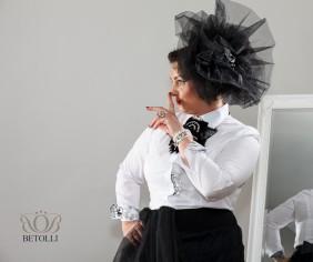 BETOLLI _foto sesija_puff_plecu piespraude_aksesuārs_sievietes_ daiļums_izcel personību_svētki_jubilejas_svinīgas_svinības_kāzas