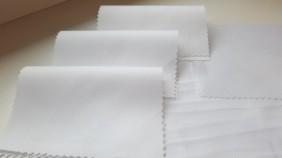 jauni-audumi-balti-krekls-viriesu-betolli