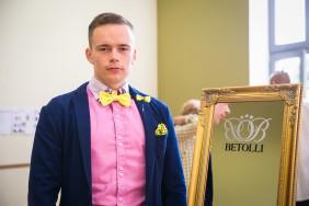 dzelteni akcenti vīrietim Betolli modes skate Ventspilī