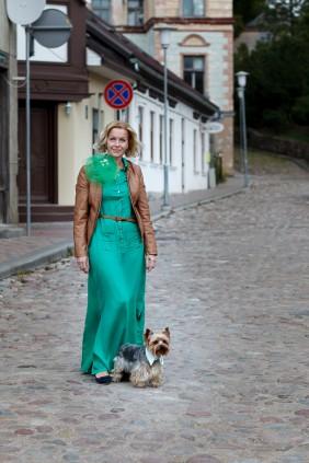 personalizetas apkakles suniem ar izsutu suna vardu