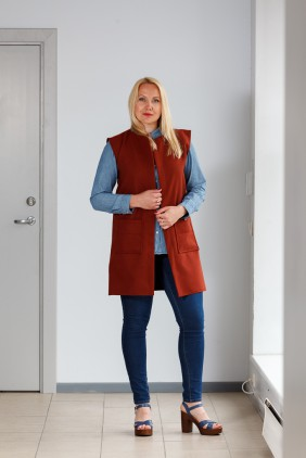 Brown vest with pockets betolli