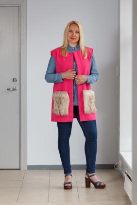 Pink vest with light pockets betolli
