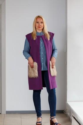 Purple vest with light pockets betolli