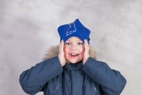 Helsinki brodeerattu hattu suomalaisella ääriviivoilla